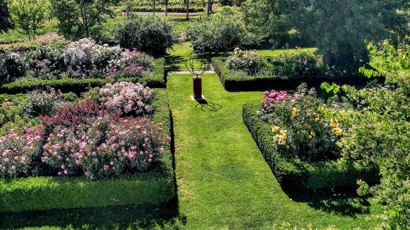 Doole_Garden_16_x_9_1_2021.jpg